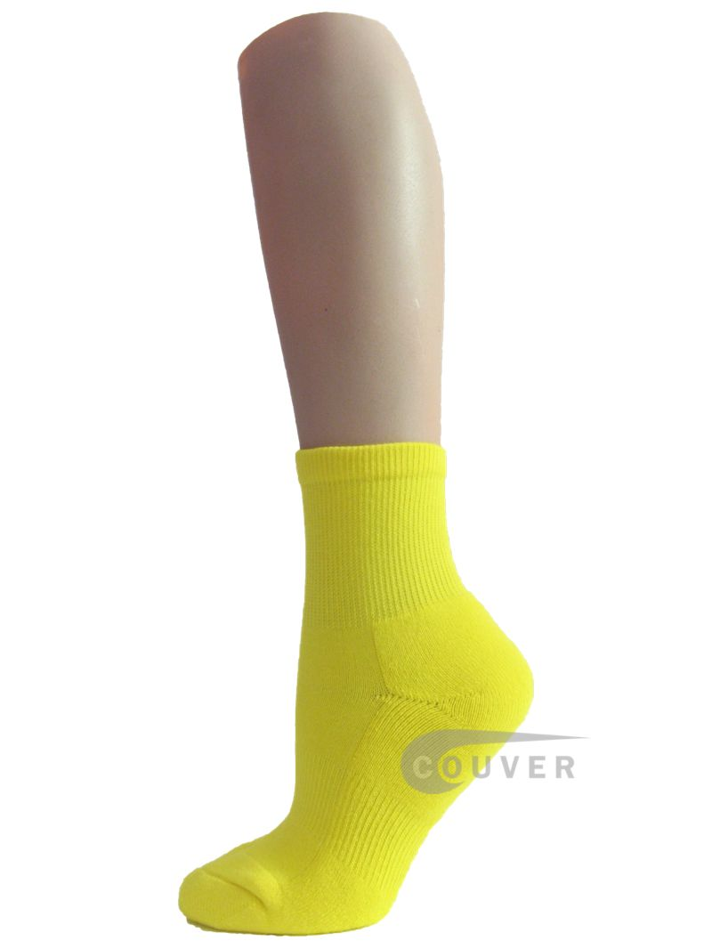 Kids Yellow Socks. Our kids' yellow socks are fun and bright, and are available in range of styles, both plain and patterned. This range also includes styles with special features such as .