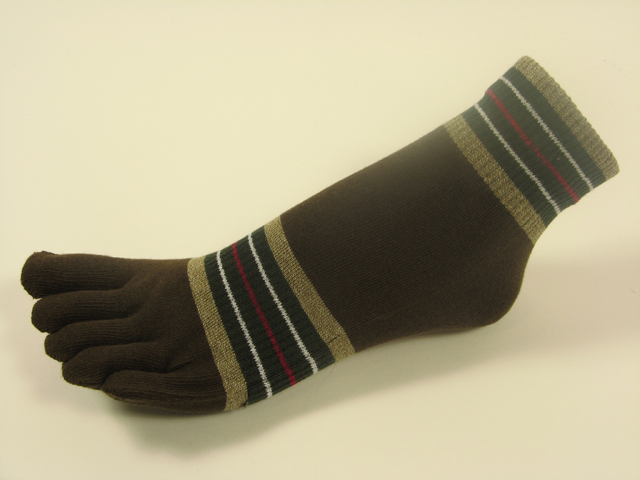 Brown ankle toe socks striped w khaki olive green