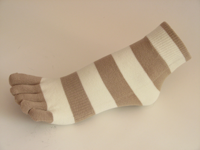 Beige white striped COUVER Cute Ankle Toe Toe Socks, 6Pairs