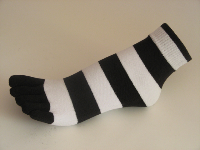 Black white striped COUVER Cute Ankle Toe Toe Socks, 6Pairs