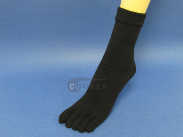 Black Couver 5 Fingers Toed Thick Toe Socks Quarter Wholesale, 6PRS
