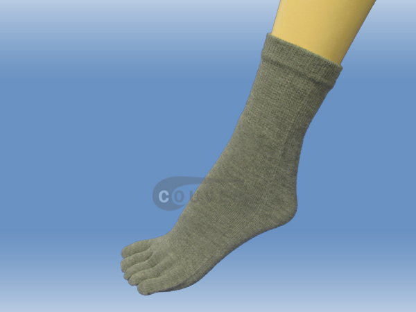 Gray Couver 5 Fingers Toed Thick Toe Socks Quarter Wholesale, 6PRS