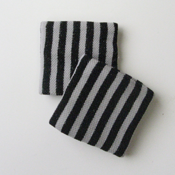 Childs Kids Girls Vertical Stripe Black Wrist Bands [2pairs]