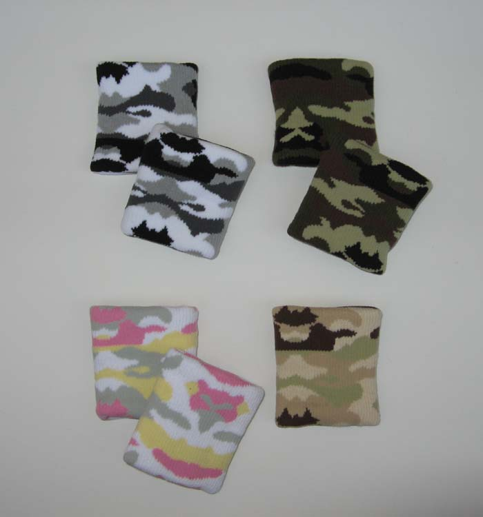 Camo wristbands sample