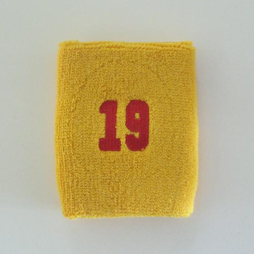 Le jeu du chiffre qui suit Number19_golden_yellow_sweat_wristband