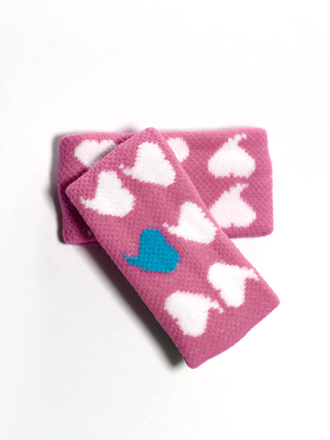 Childs White Heart on Bright Pink Wristband for girl teen 2pairs